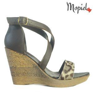 sandale dama - Sandale dama din piele naturala 25704 Maro Animal Print Daria incaltaminte dama 300x300 - Sandale dama din piele naturala 25704/Maro-Animal-Print/Daria