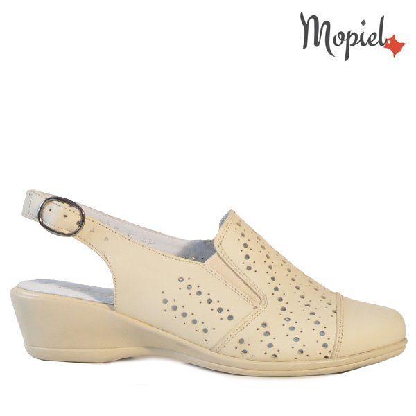 - Sandale dama din piele naturala 252005 55853 Bej Agostina 600x600 - LICHIDARI DE STOC