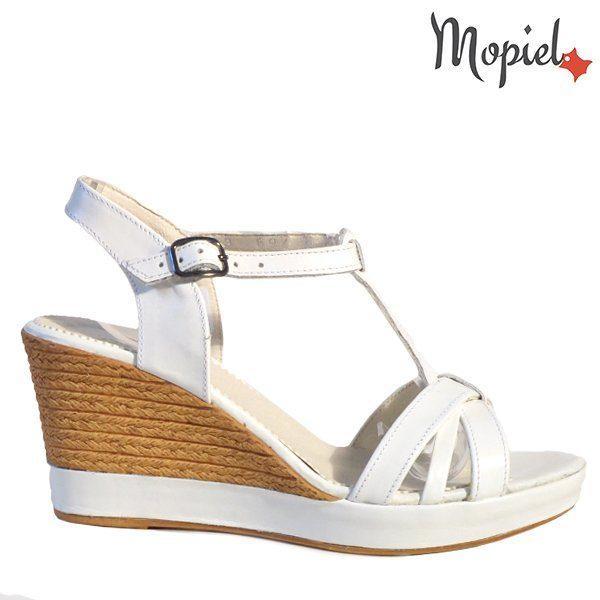 - Sandale dama din piele naturala 250220albSara 600x600 - Incaltamintea cu talpa confort