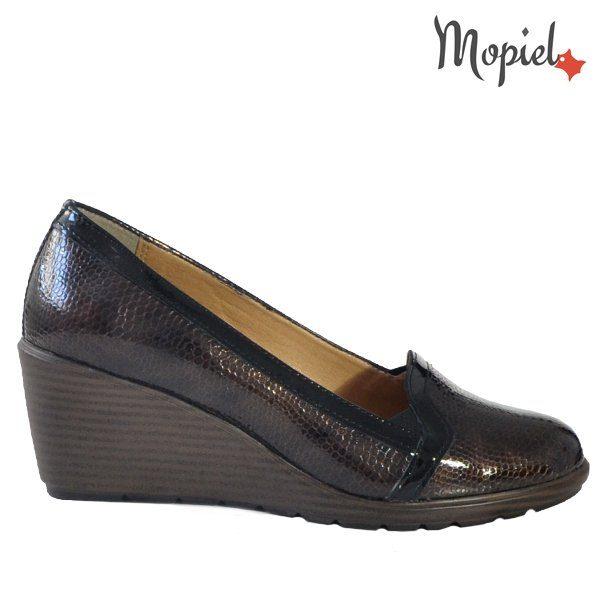 - Pantofi dama din piele naturala 242908 Maro Carina 600x600 - Pantofi eleganti dama